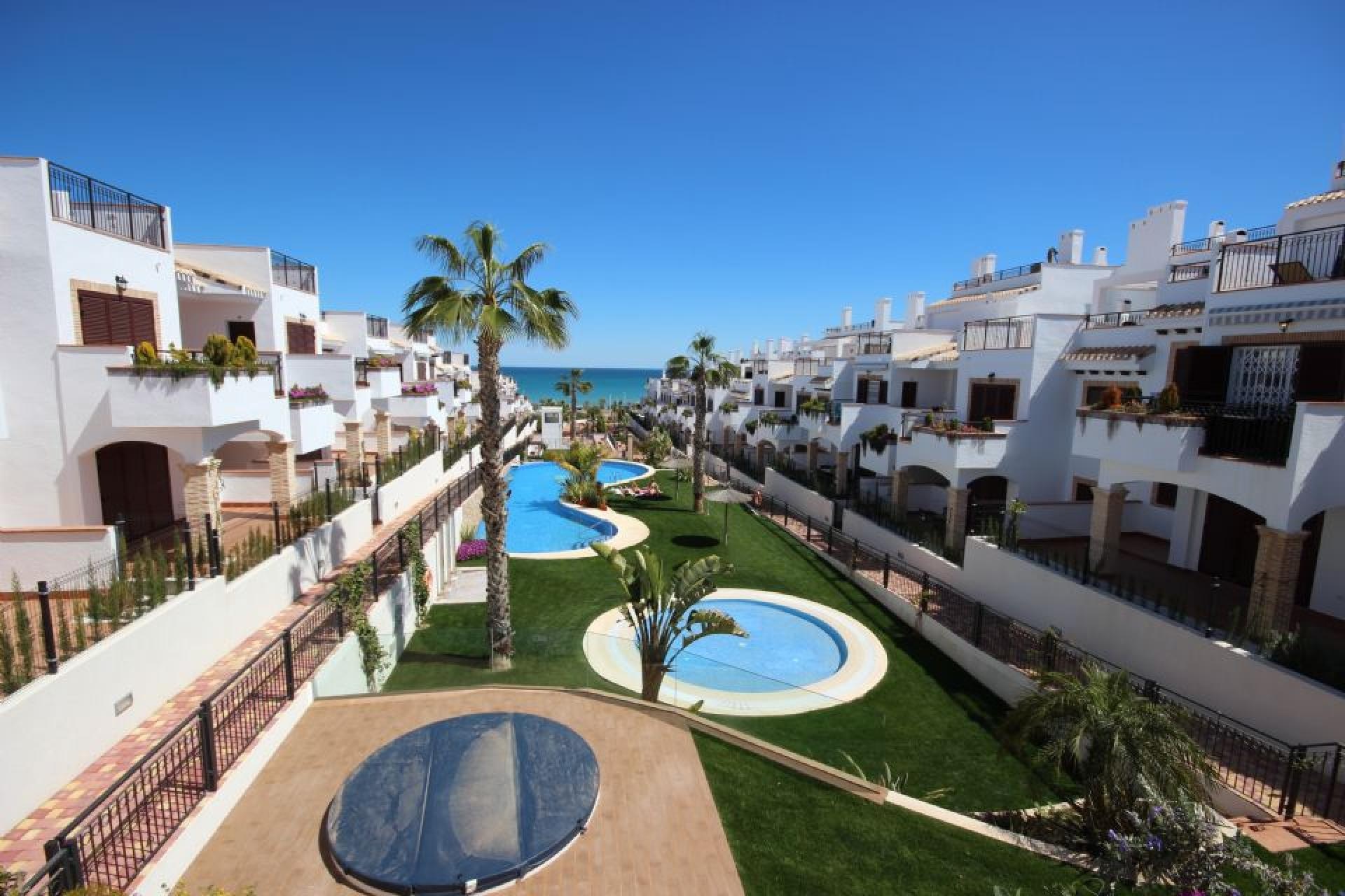 3 bedroom Duplex in Torrevieja in Medvilla Spanje