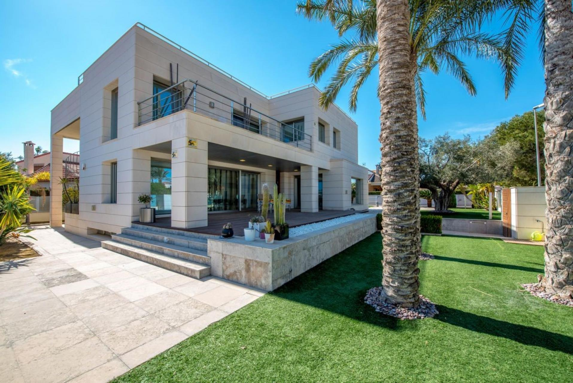 Ref:MP723 Villa For Sale in La Zenia