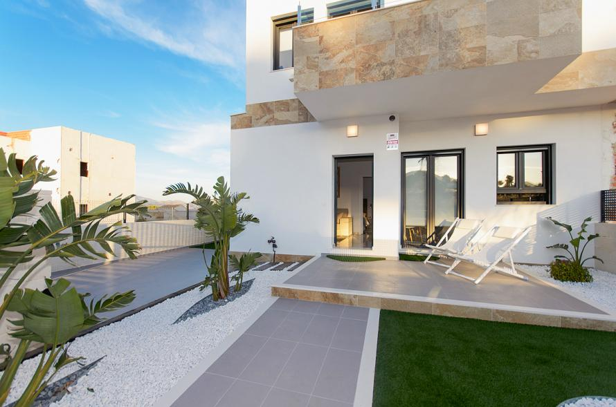 New build - detached villas with sea views, 15 minutes from the beaches of Benidorm Villa Polop